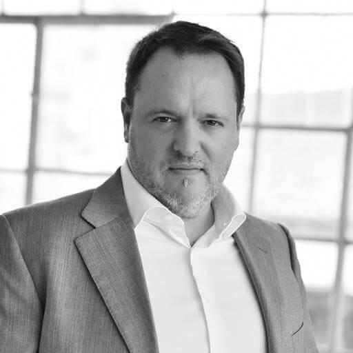 Dr. Kádas Péter, a 7Digits online marketing ügynökség társ-alapítója és VP-je, B2B marketing szakértő